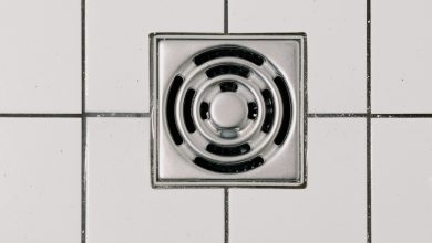 Photo of 5 Ways You're Ruining Your Bathroom Tiles in 2021