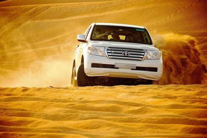 Arrival To Dubai And a Desert safari