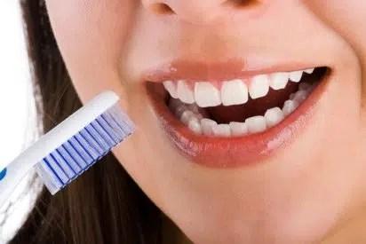 Cómo cuidar los dientes sensibles