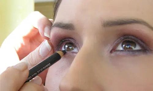 Consejos de maquillaje para lucir ojos más grandes