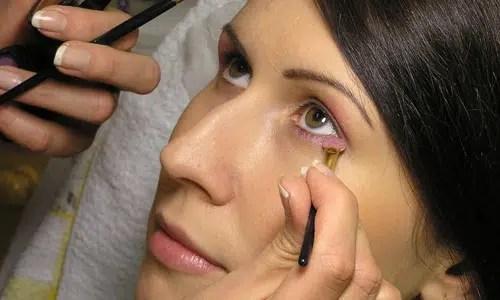 Consejos de maquillaje para piel pálida