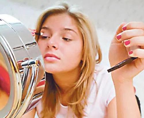 Consejos útiles de maquillaje para adolescentes