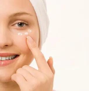 Crema de ojos: funciones, daños y los mejores productos