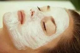 Cuatro maneras para exfoliar la cara