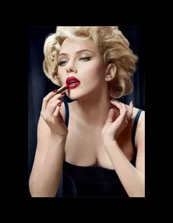 Luce como una gatita sexual al estilo de Marilyn Monroe
