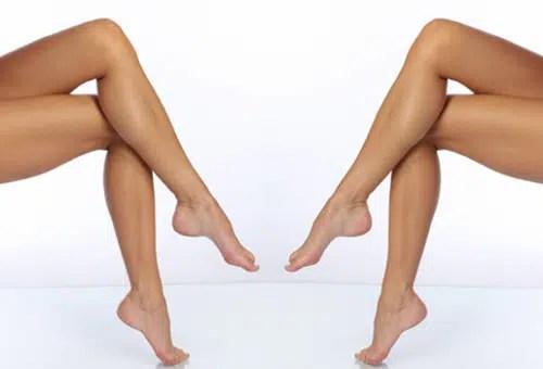 Luce unas piernas súper atractivas