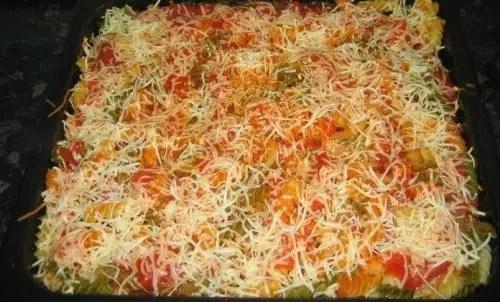 Macarrones con verduras al gratén