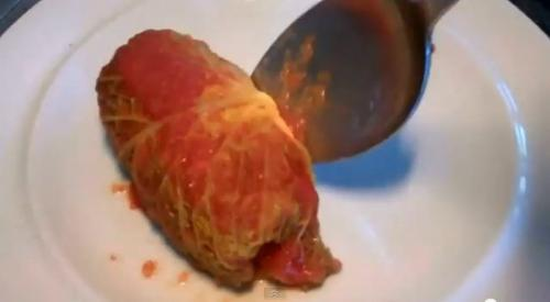 Rollitos de col rellenos de carne