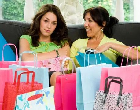Salir de compras con la mamá