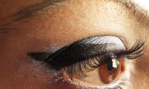 Trucos para aplicar sombra de ojos