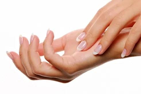 Trucos para uñas y manos perfectas