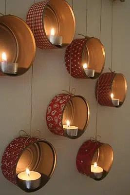 Un bonito decorado hecho con latas y velas