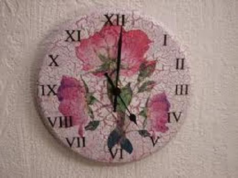 Un espectacular reloj hecho con arroz