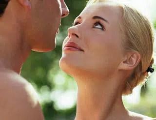 Lenguaje corporal para que practiques con tu amorcito. (Parte I)