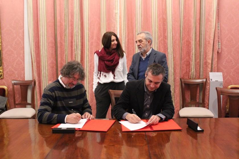 Firma convenio Emvisesa-Asociación Sevillana Síndrome Asperger.