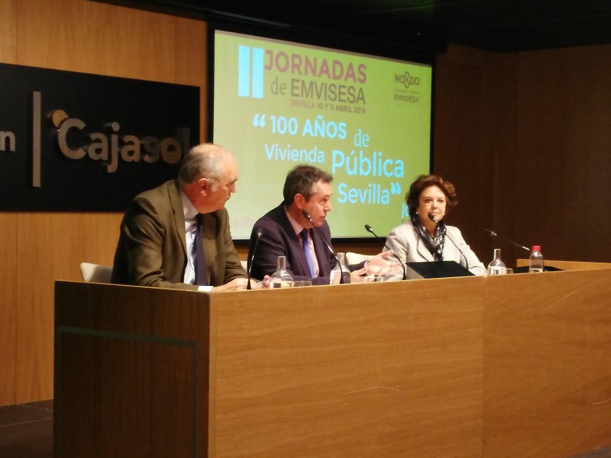 """Clausura de las Jornadas """"100 años de vivienda pública en Sevilla"""", organizadas por Emvisesa."""