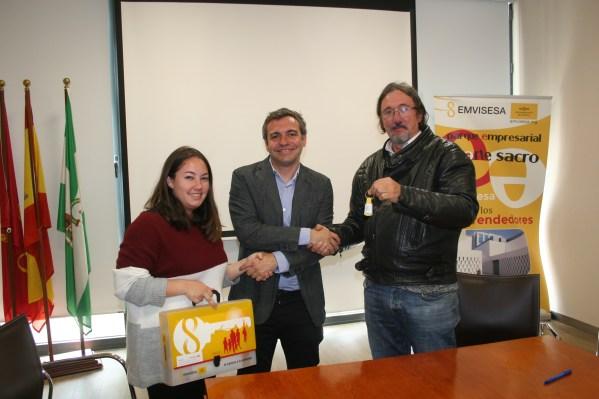 Entrega vivienda a Asociación Sevillana Asperger.