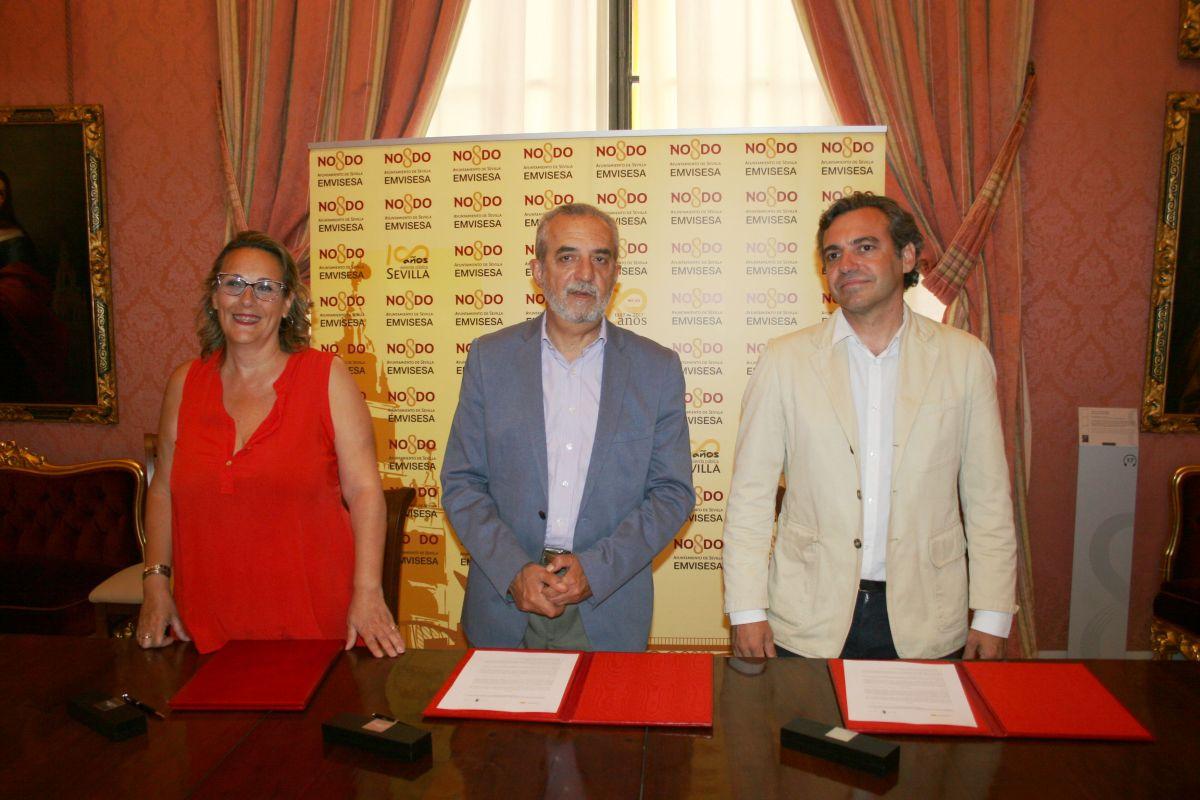 El Ayuntamiento de Sevilla cederá, a través de Emvisesa, viviendas para el acogimiento familiar a la Asociación Abrázame.