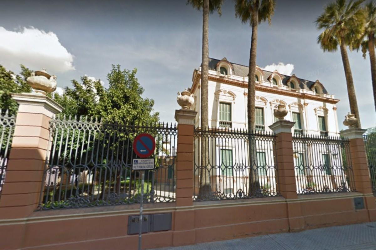 """Emvisesa visita La Alameda el jueves 20 de septiembre para explicar el funcionamiento de la Oficina Municipal por el Derecho a la Vivienda y el Registro de Demandantes a todos los vecinos """"InteresaDOS"""""""