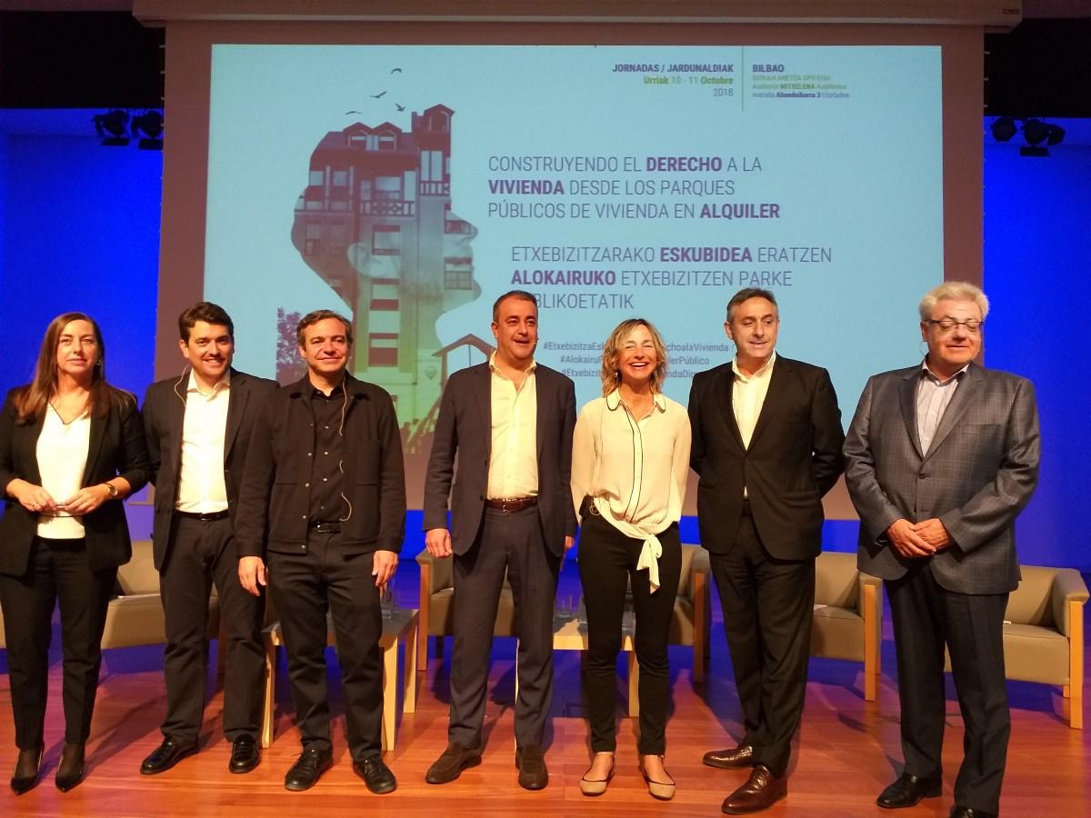 """El Ayuntamiento de Sevilla participa, a través de Emvisesa, en las Jornadas AVS """"Construyendo el derecho a la vivienda"""" celebradas en Bilbao"""