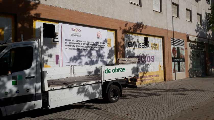 Obras de adecuación del local comercial propiedad de Emvisesa que se convertirá en sede de la Oficina de información y asesoramiento al ciudadano en materia de mejora energética, rehabilitación y accesibilidad de la vivienda en Sevilla.