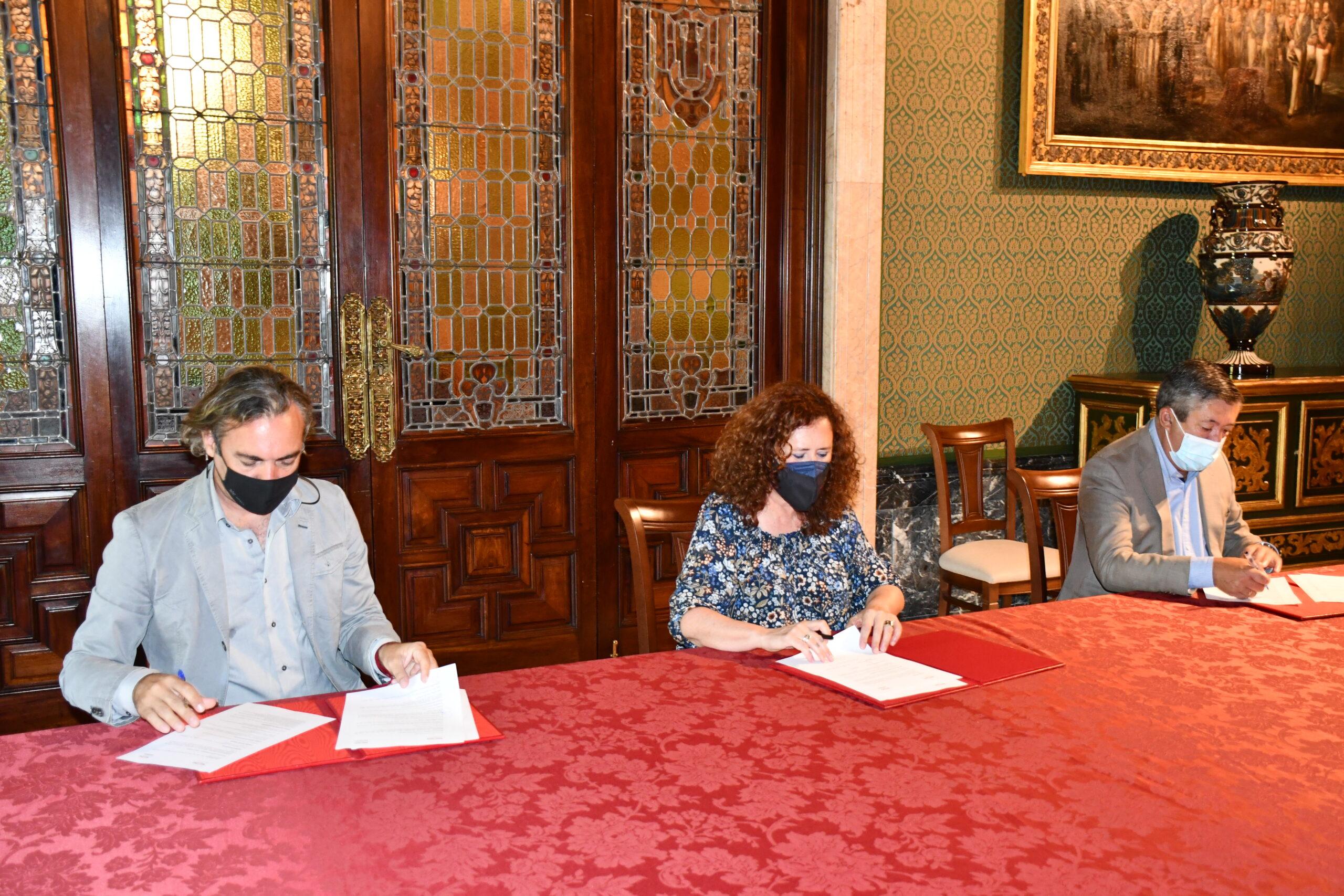 Emvisesa recibe, por parte del Ayuntamiento de Sevilla, la concesión demanial de tres edificios municipales situados en el centro para promover 41 alojamientos colaborativos