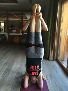 yoga-barbara-en1mot