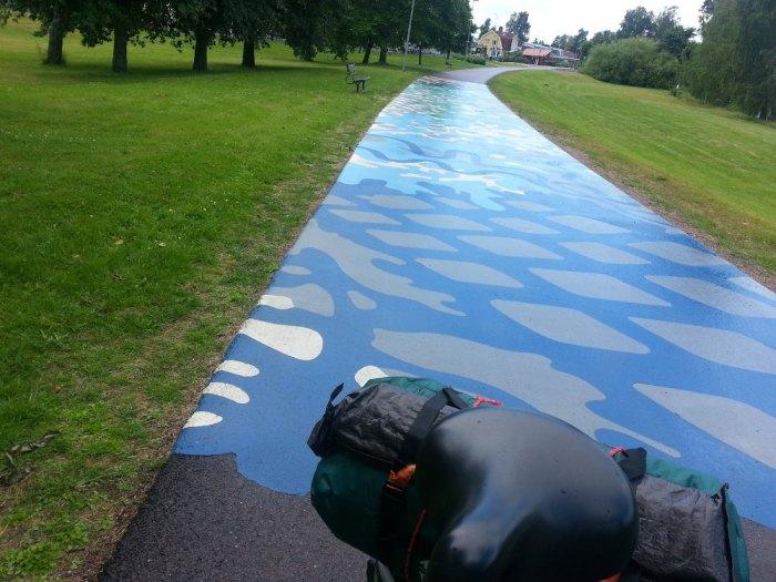 Piste cyclable artistique entrée de Karlstad