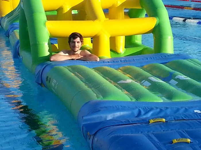 La piscine de Djupadalsbadet à Kumla