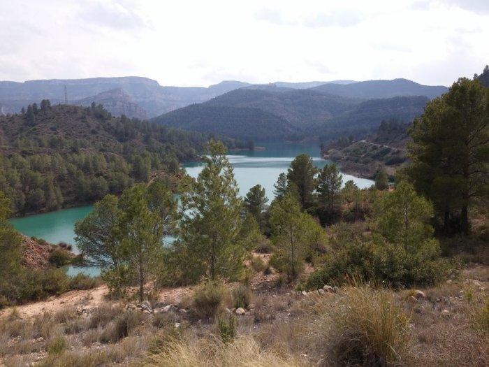Belle vue sur un lac, rare dans cette Espagne du Sud qui manque d'eau