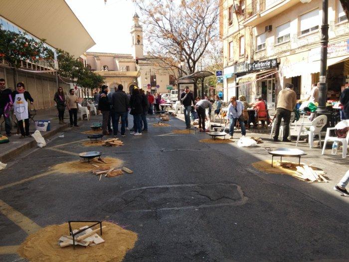 Le concours de paella dans notre rue
