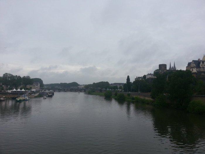 La Doutre, La Maine et le château d'Angers