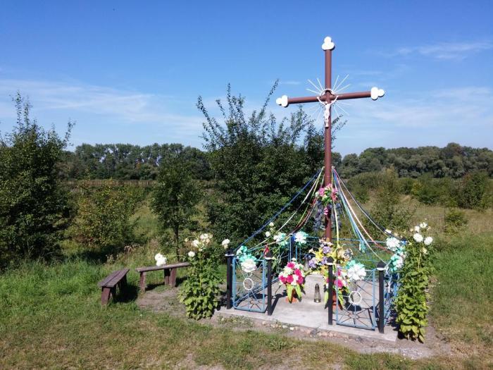 Croix décorée