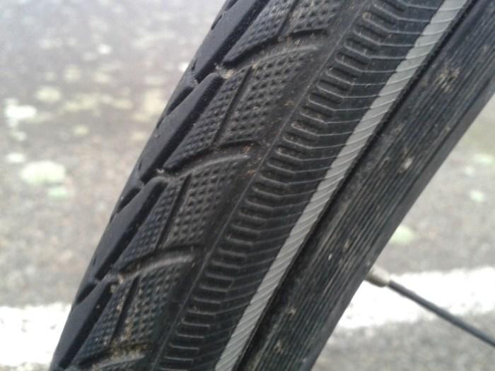 pneu avant schwalbe marathon plus