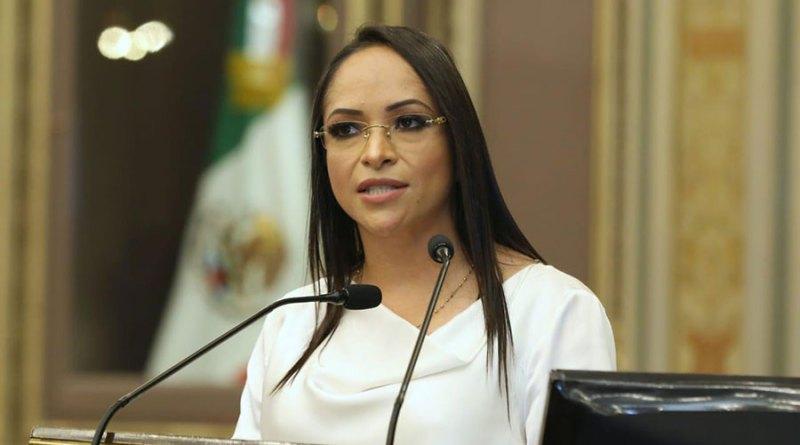 Niega Lizeth Sánchez favoritismos en combate a la pobreza