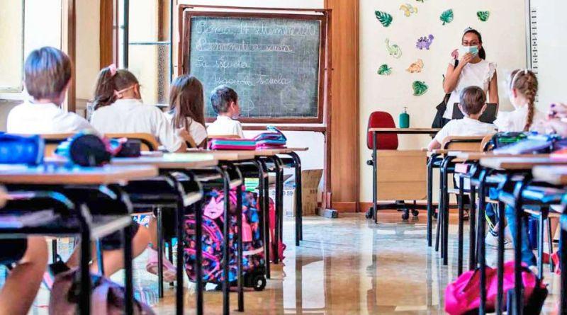 Italia anuncia reapertura de escuelas a finales de abril
