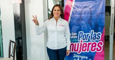 Pide Blanca Jiménez a Marko Cortés voltear a ver a Puebla