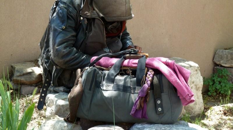 Vacunan a indigentes a cambio de comida y ropa en Costa Rica