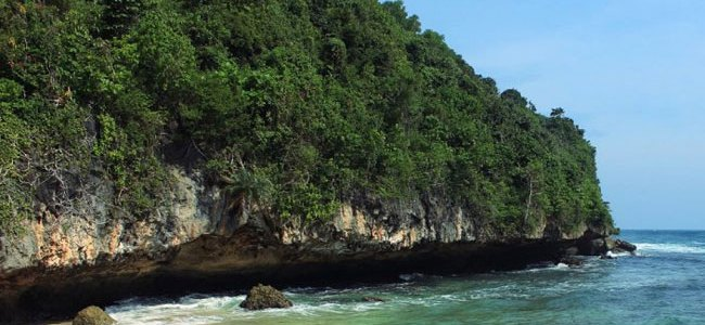 sadeng beach