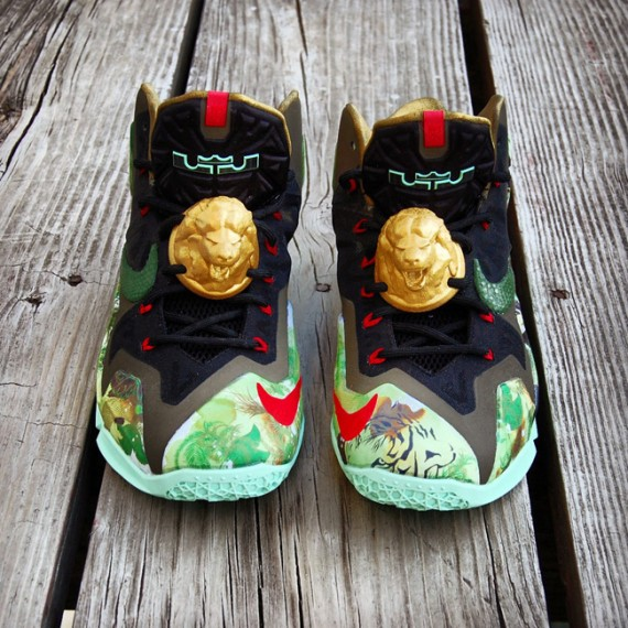 king-of-the-jungle-lebron-customs-08-570x570
