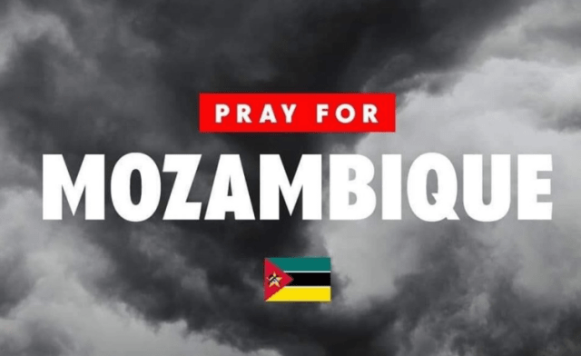 Using #PrayForMozambique, people are sharing details on how to make donations for goods and money for the people who are most affected by the cyclone.
