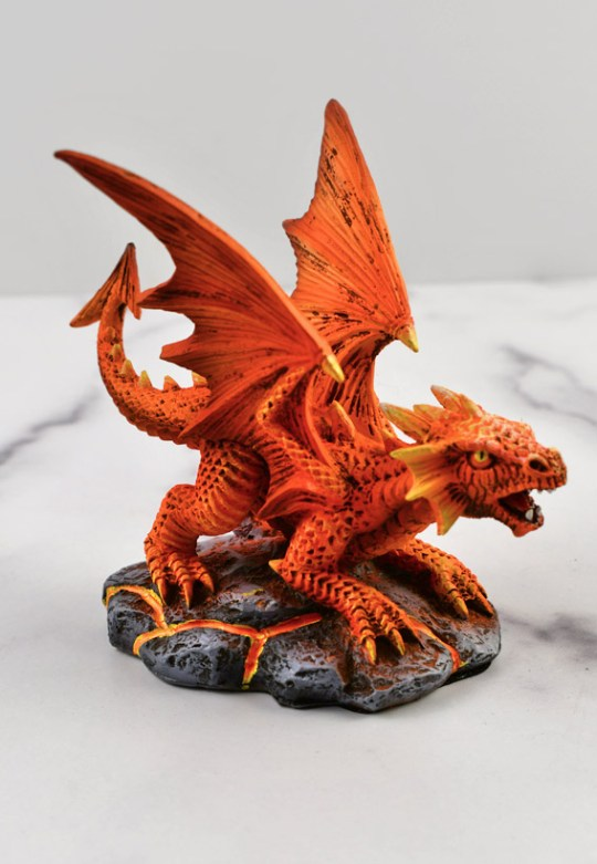 Fire Dragon Wyrmling Statue