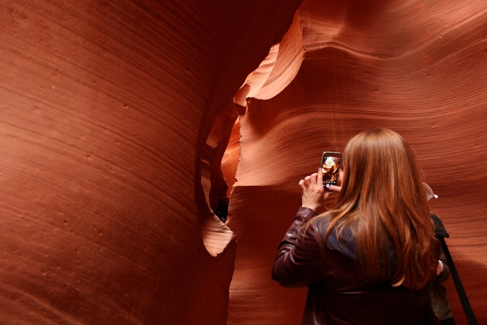 Photographing Lower Antelope Canyon