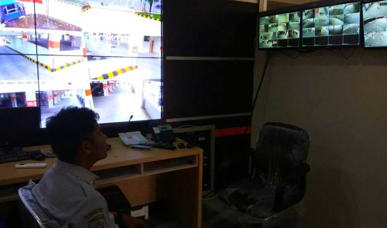 45 CCTv Dipasang di Park and Ride Mayjend Sungkono