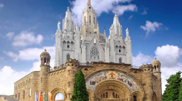 Visita-de-la-reliquia-del-P.-Pio-a-Barcelona