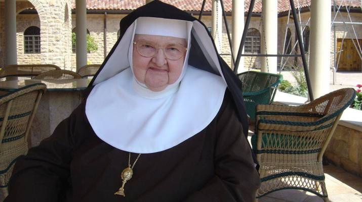 madreAngelica