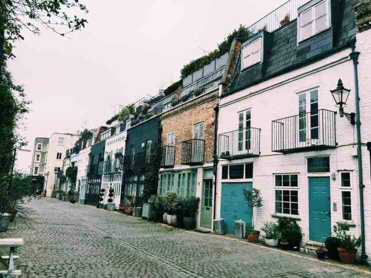 I'm so excited to share with you the finest hidden gems ever - the secret mews of London! Including St Luke's Mews where Love Actually was filmed.