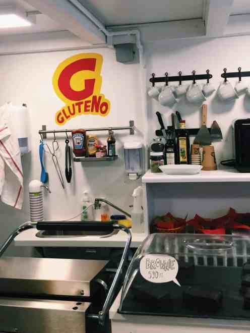 Gluteno cafe: If you're finding yourself hungry in Hungary, read this ultimate guide to gluten free Budapest! Including 100% gluten free Budapest restaurants and more.