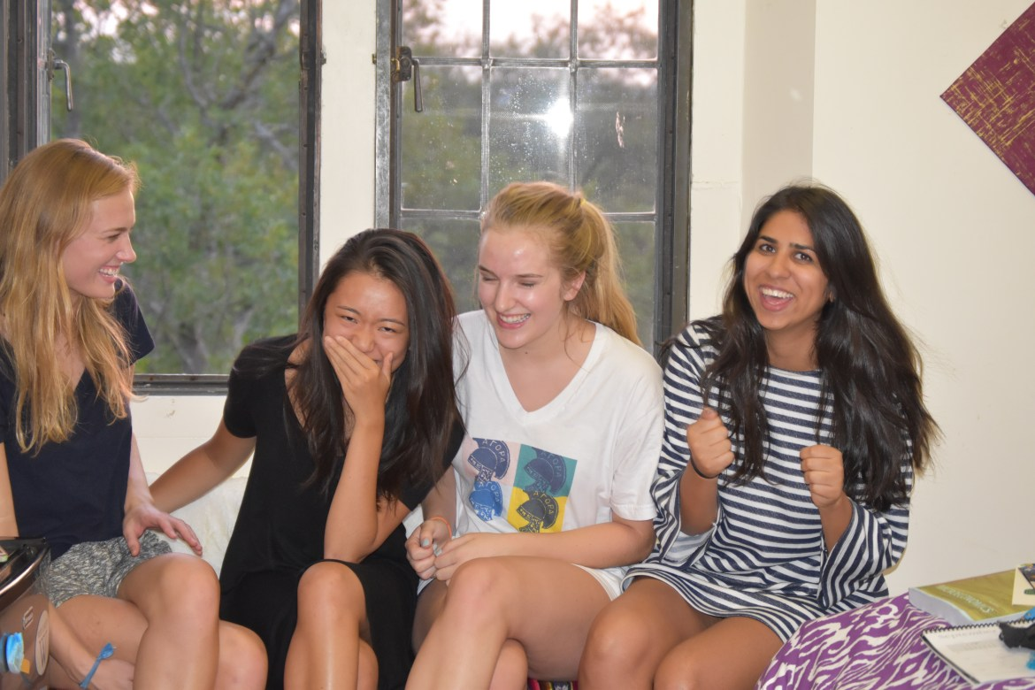 Five awesome and new ways to make friends in college. Endless May.