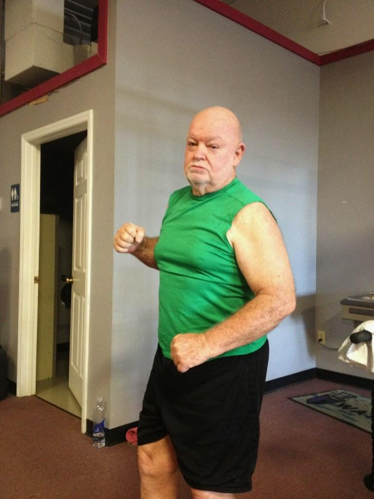 garage gym athlete,